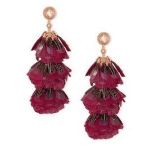 NWT Kendra Scott Lenni Earrings in Burgundy!!